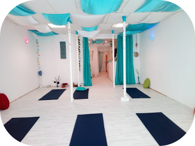 joiedevivre-espace-bien-etre-yoga-relaxation-massage-salle-cours